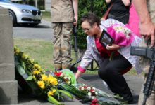 Internal Affairs Minister Tracey Martin laying a wreath in honour of her grandfather, a senior guard at the Featherston POW camp. PHOTO/HAYLEY GASTMEIER