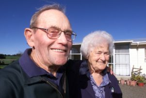 wta310505lfjim.jpg Jim Simmonds with his wife Dorothy (Dorrie), both 85, in 2005. PHOTO/FILE