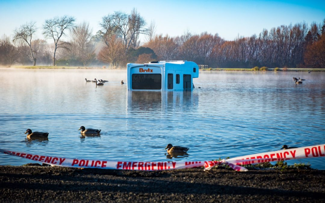 Campervan lands in Henley Lake