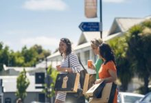 Ladies enjoying a spring day out shopping in Greytown. PHOTO/Mike Heydon
