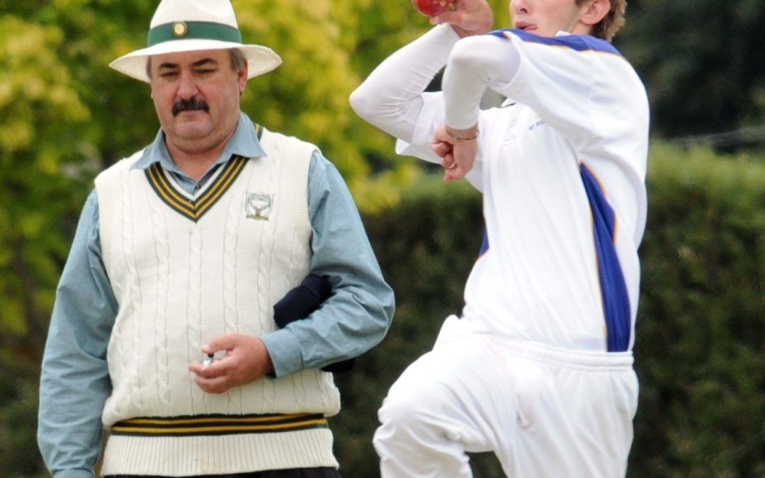 Counting the overs ends for veteran umpire