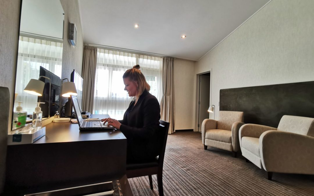 Hotel opens up to office workers